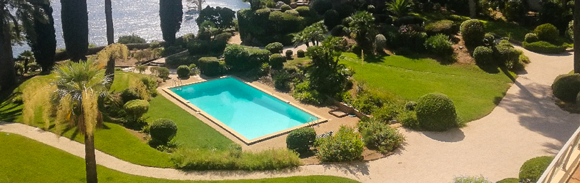 Entretien de jardin Toulon, Hyères, Saint Tropez, Bandol…