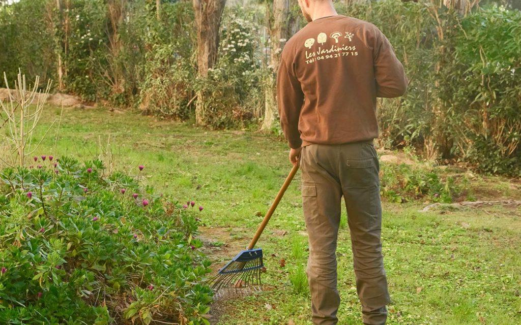 entretien-jardin-residence-maison-jardinier-Toulon-Hyeres-Lavandou-Var-83