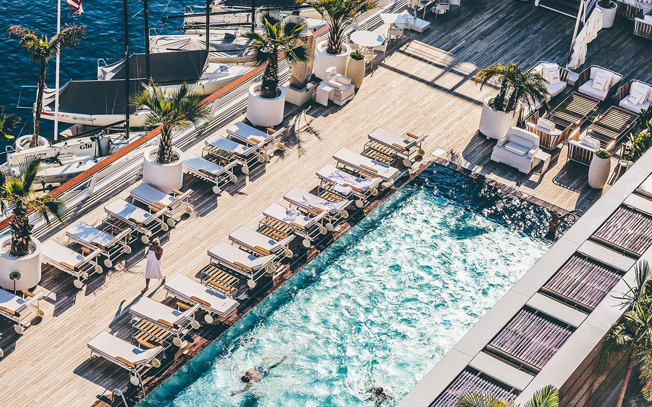 pose-terrasse-bois-piscine-hotel-camping-Var-83